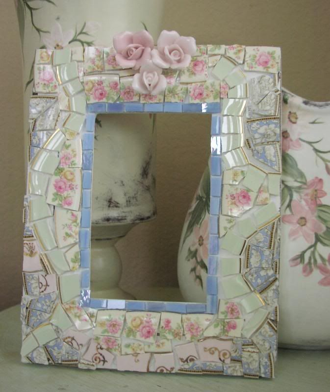 1000 images about mosaic frames mirrors on pinterest for Shabby chic wall tiles