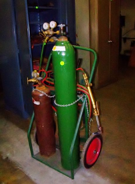 OXY ACETYLENE TORCH WITH CART Sold for $604.90