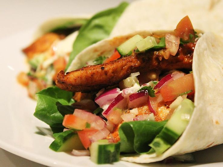 Chicken Wraps & Spicy Salsa