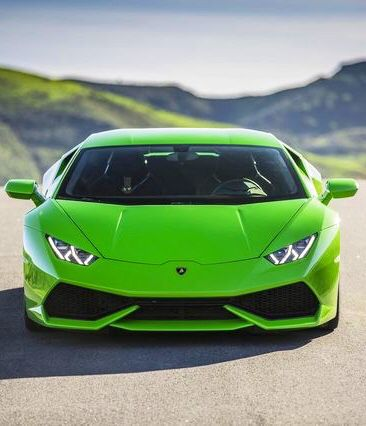 Tess scared the daylights out of Jake when she drove the Lamborghini Huracan