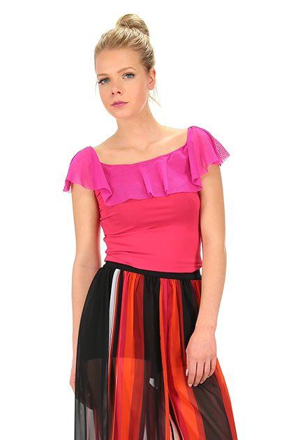 Hanita - Top - Abbigliamento - Top in tessuto elasticizzato con rouge sulla scollatura.  Manica corta e scollo ampio.La nostra modella indossa la taglia /EU XS. - FUXIA - € 79.00