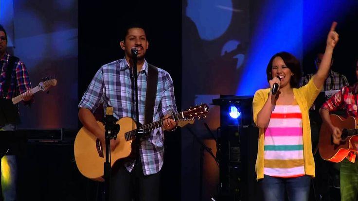 El Dios que Adoramos [Sovereign Grace Music] / Tu eres el Dios que adoramos, todo poderoso y soberano, grande en misericordia.../ Jesus Redentor / La IBI
