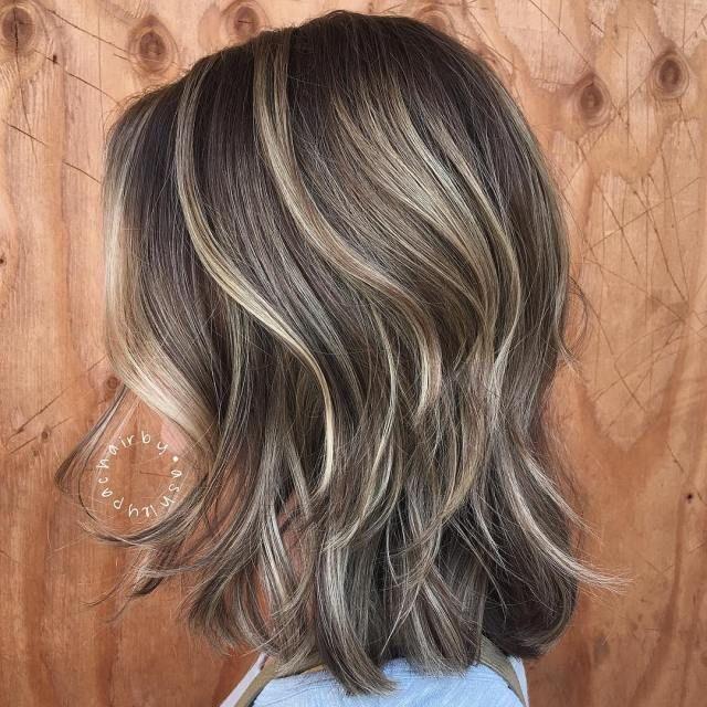 Soft Subtle Blonde Highlights On Dark Brown Hair Thin Hair Haircuts Brown Hair With Highlights Subtle Blonde Highlights
