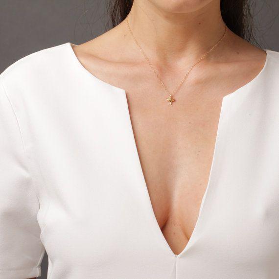 Collier créateur pas cher  Bijoux originaux et bijoux fantaisie uniques en France à prix mini. Découvrez collier créateur pas cher hyper tendance de la saison à shopper chez Chic bijoux. Pour toutes les femmes qui cherchent un bijou original, c'est par ici!!!