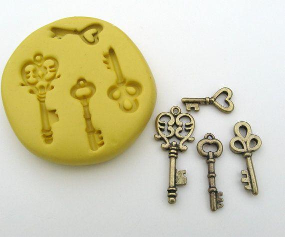 Molde de silicona flexible esqueleto llaves para por Moldstuff, $6.30