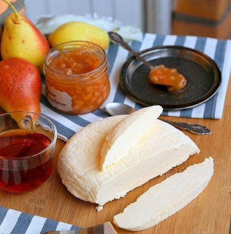 много раз готовила сыр по рецепту Полины polinad2007, очень удачный рецепт, занимает минут 10-15 времени... БРЫНЗА ДОМАШНЯЯ молоко - 2 литра соль - 1-2 ст.ложки яйца - 5шт…