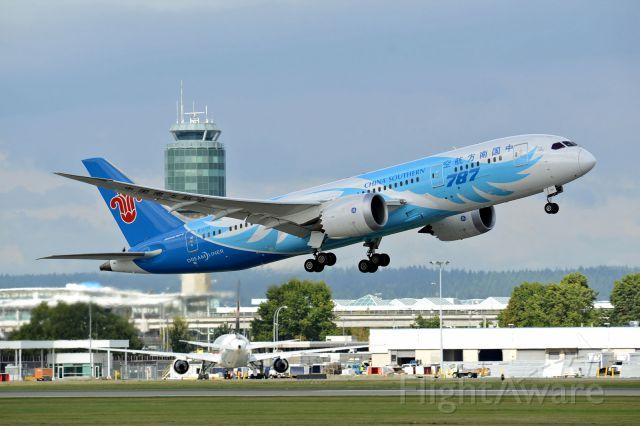 China Southern Airlines B788 (B-2725)