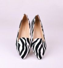 ACRE BLACK/WHITE | Red Pumps
