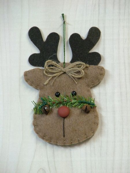 Tree Trimmers Too!  fieltro: Rustic Reindeer