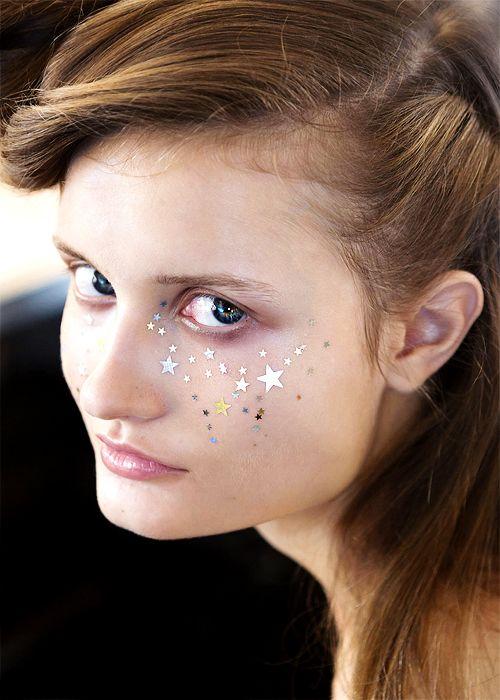 Starry-eyed makeup by Shiseido at A Détacher Spring/Summer 2015