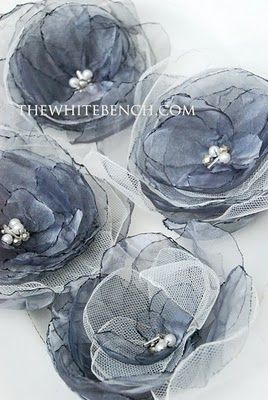 Organza Flowers: a Tutorial - never know when you might need a flower to decorate a bag!