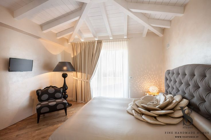 VS Studio - Fine handmade homes #interior design #interior scenography #bedroom #superopera pillow #mood #custom #ceramics #tailored #italy