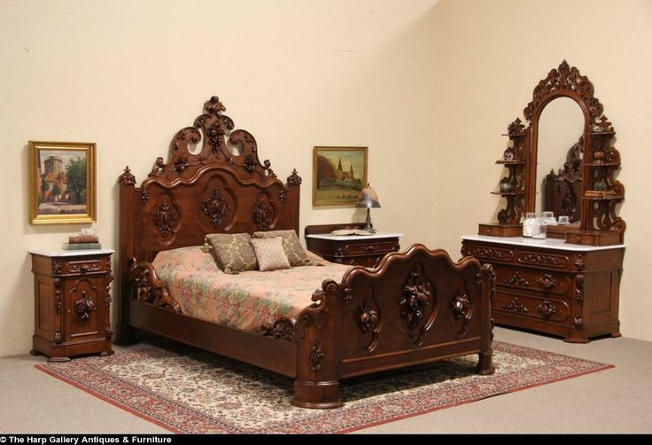 Victorian Carved Oak & Chestnut 1860 Queen Size 4 Pc