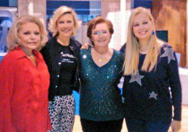 Mayra Gomez Kemp, Emma Ozores y Beatriz Carvajal. Hablamos del Un, dos, tres...