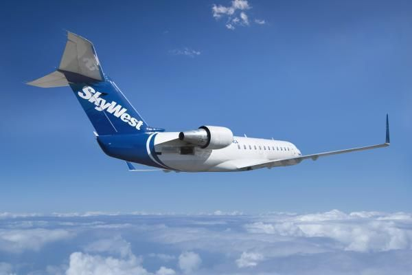 SkyWest Airlines flight delayed in SLC after passenger claims ...