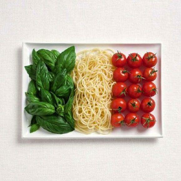 #JustEat La comida italiana en todo su explendor: albahaca, pasta y tomate. ¿Qué más puedes pedir?