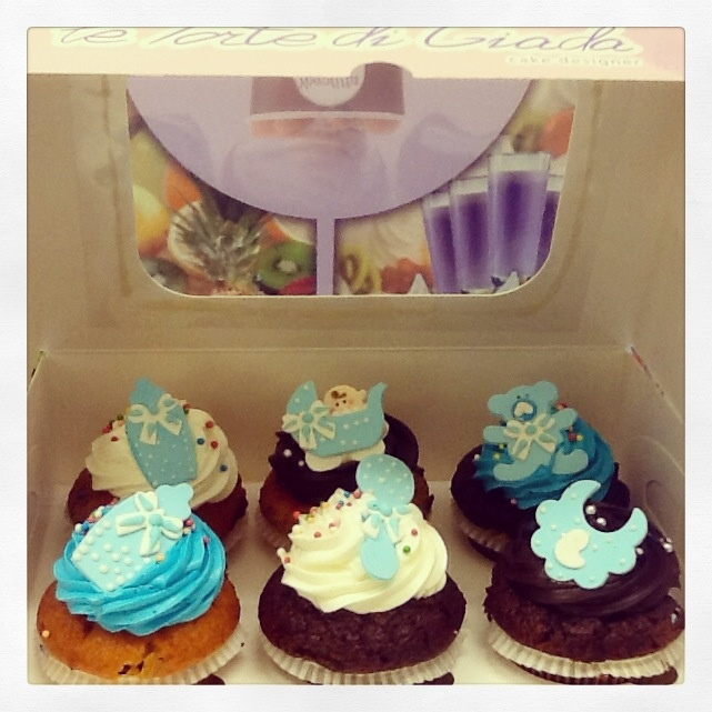 Cupcake variegati e personalizzati