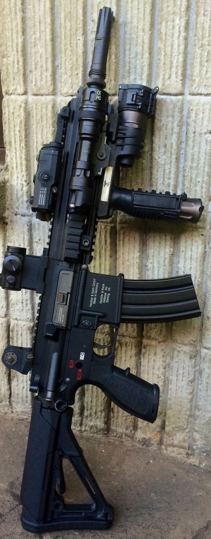 "Heckler & Koch HK416 / MR223, 10"" SBR used by the U.S. Navy Special Warfare Development Group (DEVGRU) (aka U.S. Navy SEAL Team Six - Black Ops Tier 1). Except they use H&K Suppressors, EOTech EXPS3-4 Holographic Hybrid Optic I with EOTech G33.STS 3x Magnifier , Trijicon ACOG Illuminated Red Hourseshoe Ballistic Reticle 4 x 32 LED Scope or AimPoint CompM4 (M68) Red DOT Precision Optic"