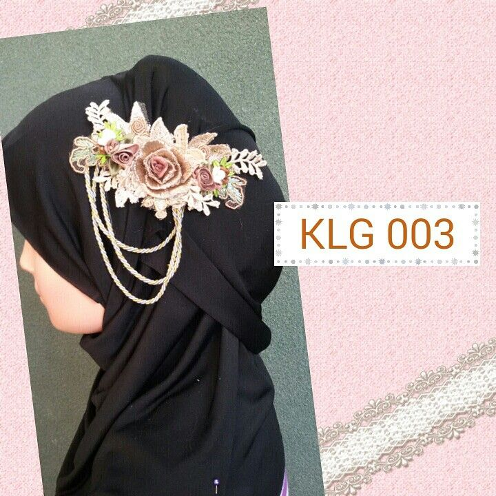 Flowers corsage for hijab