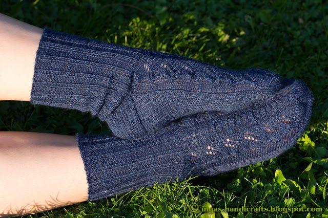 Sinised lehesokid / Blue Leaves Socks