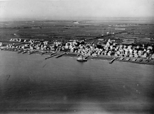 Overview of Ostia Lido before destruction of the plant which took place the night between 12 and 13 December 1943   1940'ca