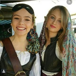 Eleanor as Nicole and Beatrice as Emma