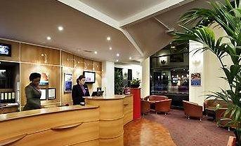 Innenarchitektur Restaurant Boom Ibis Hotel Adliswil, Schweiz | Restaurant  U0026 Bar | Pinterest | Lobby Reception