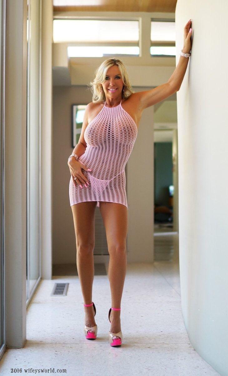 Sandra Boobies Nude Photos 67