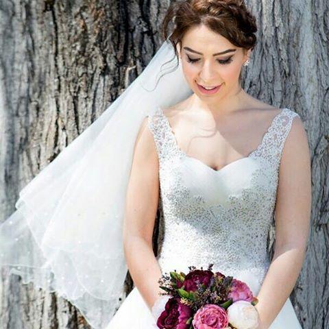 Meleklerimizden Başak�� #sehergelinlik #gelin #gelinlik #gelinlikler #ankara #ankaragelinlik #düğün #düğünhazırlıkları #dantel #dantelligelinlik #dantelgelinlik #sadegelinlik #wedding #weddingdress #���� #vintage #vintagebride #vintagebridal #bridal #bride #bridegown #bridalgown #bridetobe #prenses #prensesgelinlik #nikahkiyafeti #nikahelbisesi #iştebenimstilim #nişan #nişanelbisesi http://gelinshop.com/ipost/1503189399293478039/?code=BTcZstfBUSX