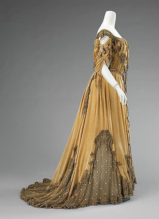 ~Evening dress. Attributed to Jean-Philippe Worth (French, 1856–1926), ca. 1908–10. Culture: French. Medium: silk, metal~ Met Museum.