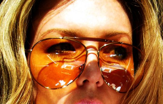Lightly tinted sunglasses: | 15 Things From The '70s That Never Should Have Died