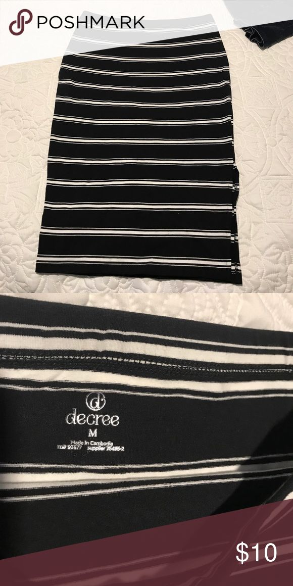 Pencil jersey knit skirt Black and white striped pencil skirt super comfy! New without tags Decree Skirts Pencil