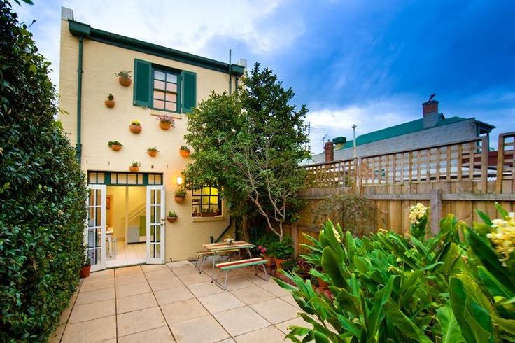 Cute Courtyard - Fitzroy North, Melbourne, Australia