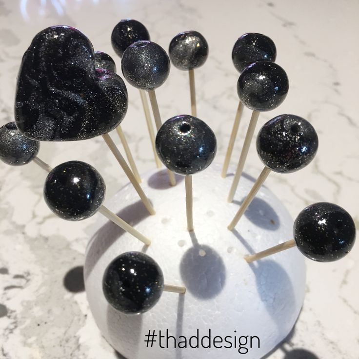 Morning run out of the way.. now we're making beads. What are you up to today? #happysunday #makingbeads #beads #beadjewelry #handmade #thaddesign