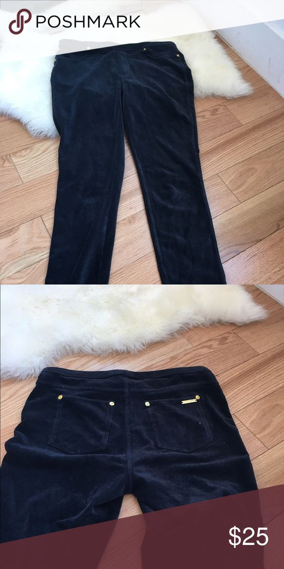 Navy Michael Kors Corduroy leggings Navy blue corduroy leggings. Very comfortable with back pockets too! Michael Kors Pants Leggings