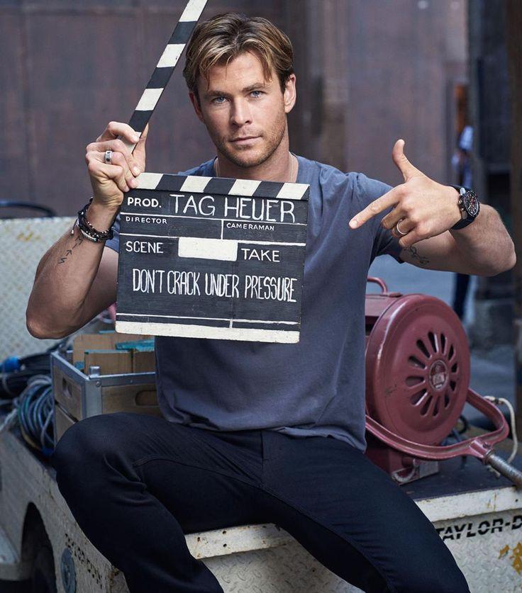 Chris Hemsworth sul set di Tag Heuer - L'attore australiano Chris Hemsworth è stato scelto come ambasciatore di TAG Heuer per la nuova campagna pubblicitaria. Chris Hemworth indossa TAG Heuer Carrera Heuer 01. - Read full story here: http://www.fashiontimes.it/2015/11/chris-hemsworth-sul-set-di-tag-heuer/