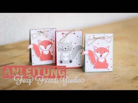 Viel Spaß bei dieser Anleitung für ein Goodie mit dem Stempelset Foxy Friends. Es passt perfekt für ein Ferrero Küsschen oder Mon Cherie. Das perfekte kleine...
