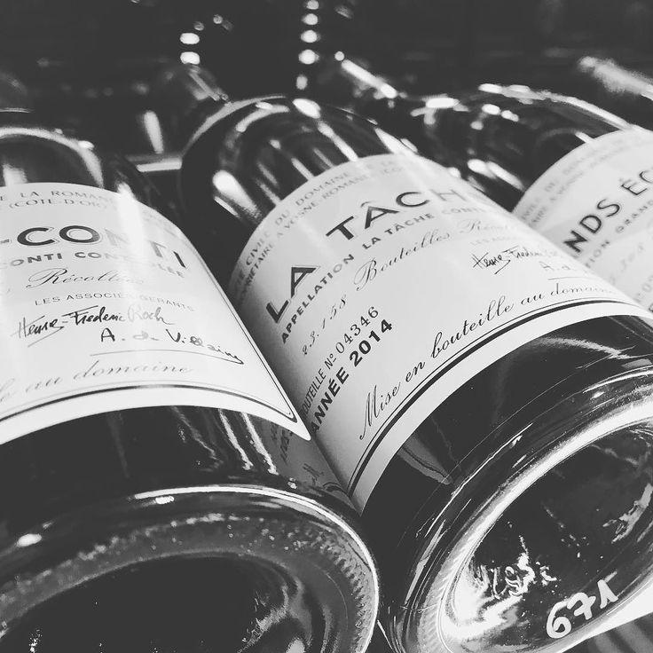 Der Wein steht bereit #romaneeconti #romanee #latache #echezeaux #fine #wine #ischgl #tirol #austria #sporthotelsilvretta #rotwein #genuss #frankreich #cotedor #burgund