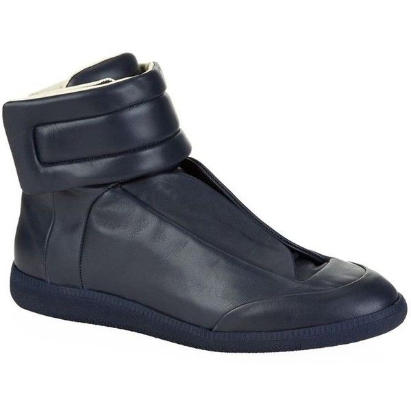 Maison Margiela Future High-Top Sneaker ($775) ❤ liked on Polyvore featuring men's fashion, men's shoes, men's sneakers, mens velcro shoes, mens high top sneakers, mens high top shoes, maison margiela mens shoes and mens velcro sneakers