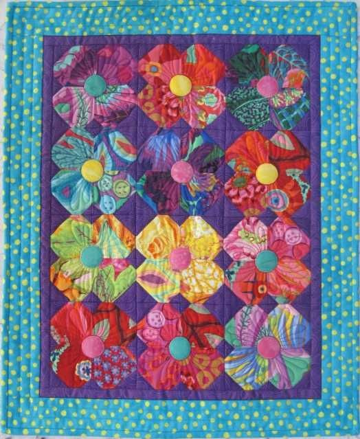 Posies, 2012 mini-quilt at The Quilt Works.
