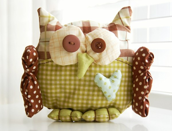 Cutest owl EVER by the talented Miss Roree!!!  @Roree Rumph You Know I love this!  You're amazing!Plushies Owls, Little Owls, Cutest Owls, Fabrics Owls, Owls October, Darling Owls, October Afternoon, Owls Crafts, Rore Rumph