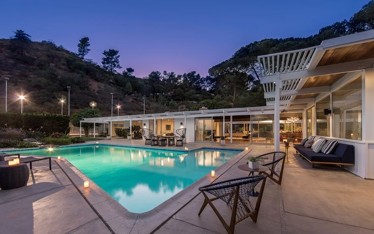 7266 Outpost Cove Dr, a Luxury Home for Sale in Los Angeles, California Los Angeles County - 17-286984 | Christie's International Real Estate