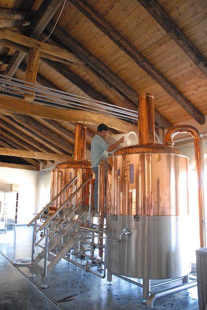 Il mondo di Birra Abbà è fatto di genuinità e armonia. È un ritorno all'Italia del primo Novecento, quando ogni città aveva un birrificio locale e la qualità delle birre nostrane era stimata in tutta Europa. http://www.excantia.com/produttori/birra-abba
