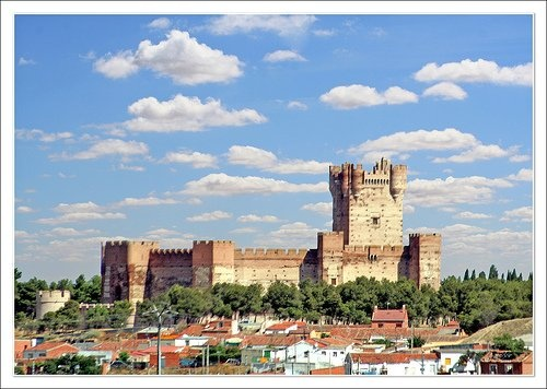 A castle which boasts of numerous underground passages; a palace built by the Banu Hud dynasty; and one of the largest medieval castles in Spain; these stories and more can be found on...