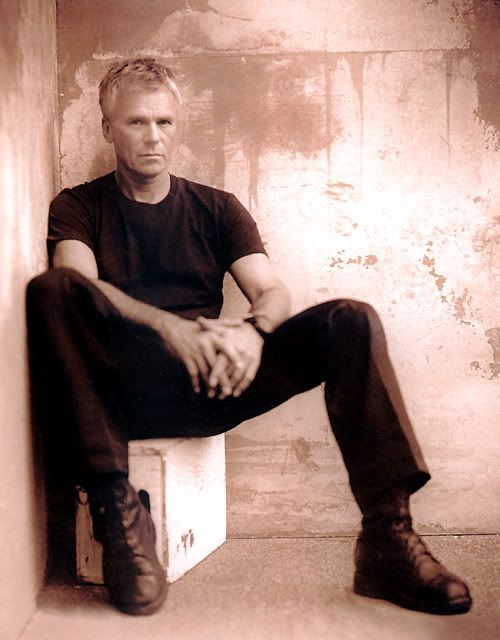 Richard Dean Anderson goes down in my history books as awesome.