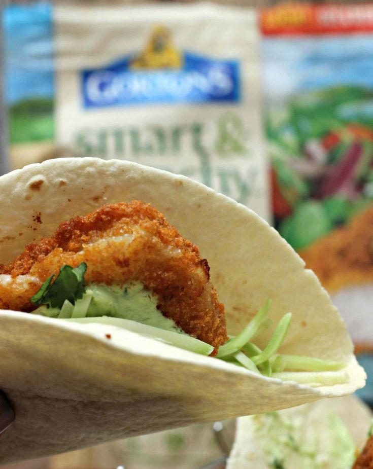 simple and Weight Watchers Friendly Meal Idea Fish Tacos with Avocado Lime Dressing.  @gortonsseafood   #TrustGortons #ad