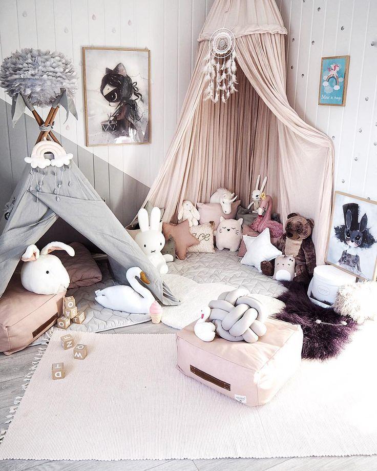 293 besten baby zimmer bilder auf pinterest kinderzimmer ideen m dchen schlafzimmer und. Black Bedroom Furniture Sets. Home Design Ideas