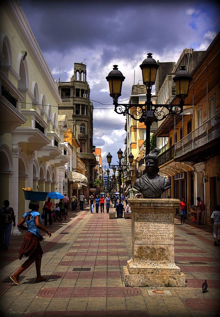 Calle El Conde in Santo Domingo Dominican