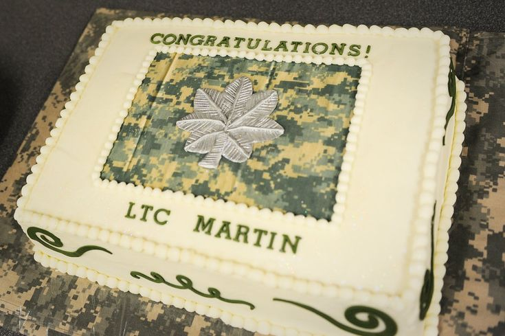Lieutenant Colonel Promotion Cake! - by Jacque McLean - Major Cakes @ CakesDecor.com - cake decorating website