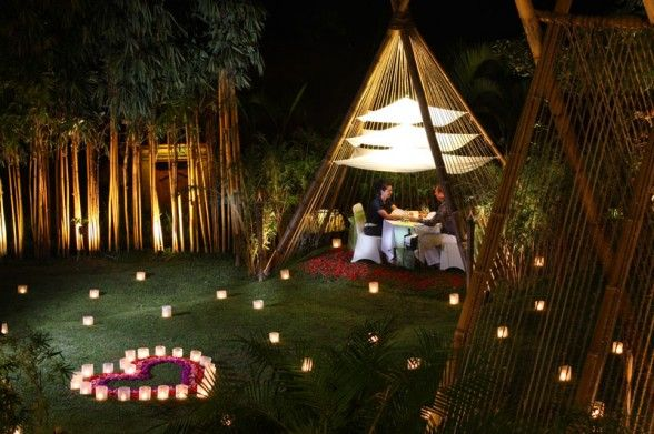 Outdoor Romantic Table Decorations ...maybe not so close to rainforests and woods and jungle and.... and.....